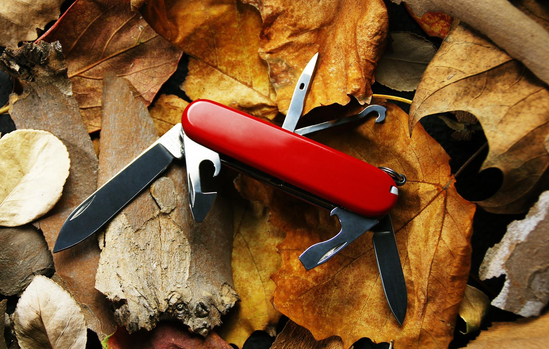 Couteau suisse de survie